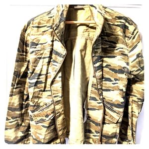 Abound women's juniors olive green camo jacket